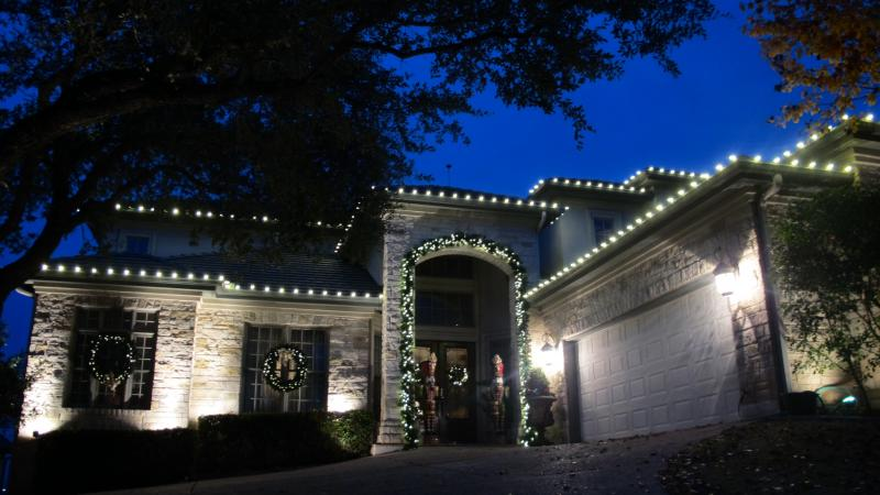 LED holiday lighting Lake St Louis
